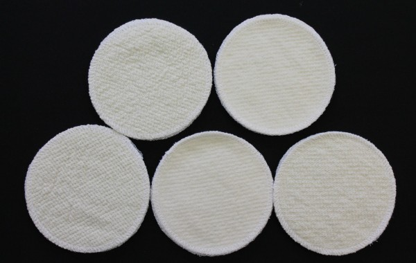 10 Stück Stilleinlagen Wolle/Bourette Seide 12 cm waschbar Mehrweg Einlagen NEU